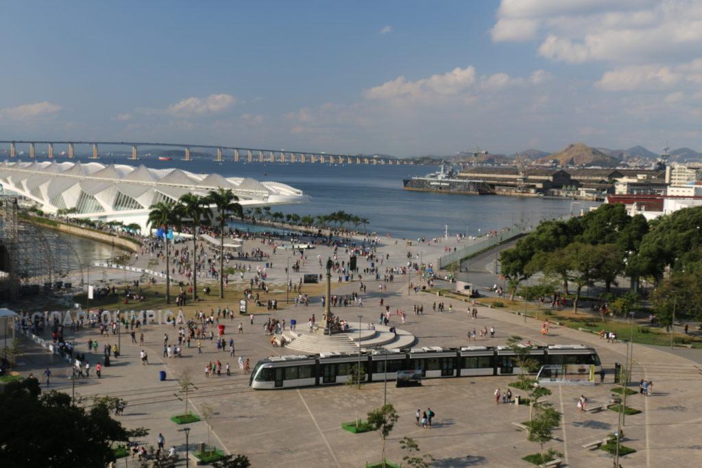 Do alto do Museu de Arte do Rio