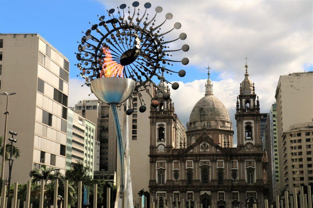 Pira Olimpica Candelaria About Rio
